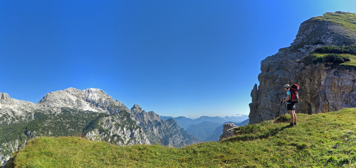 julian-alps-hiker-view-banner
