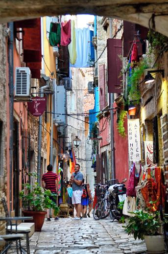 Cobblestone streets and art galleries of Rovinj