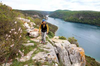 Hiking above Lim canal